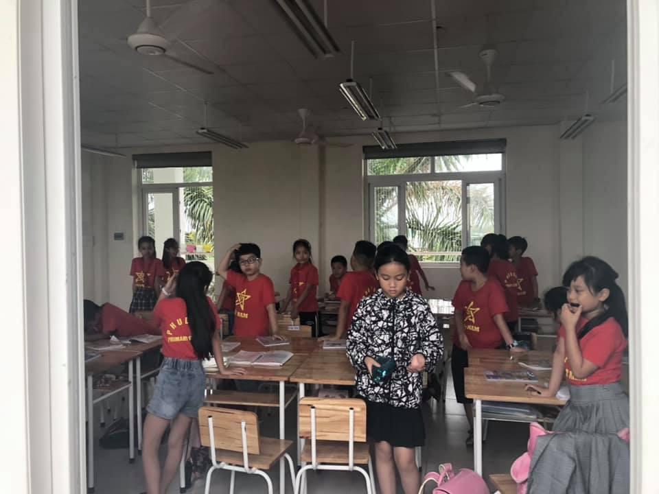Lắp đặt lưới an toàn ban công - cầu thang cho trường Phù Đổng Thanh Hóa 5