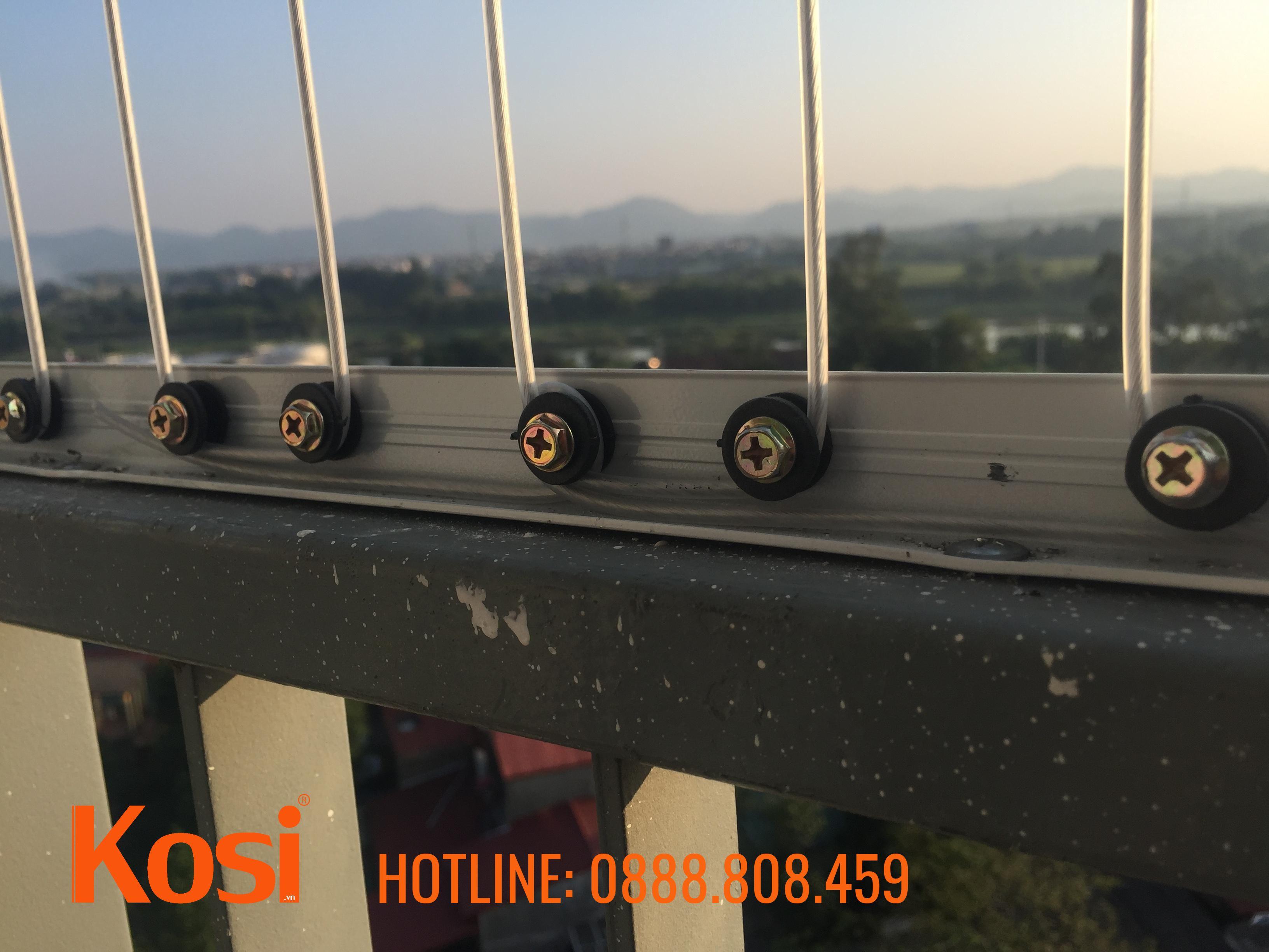 Một số hình ảnh lắp lưới an toàn ban công tại Hà Nội 1
